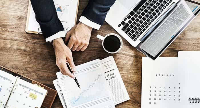 Comment investir : la signature de contrat