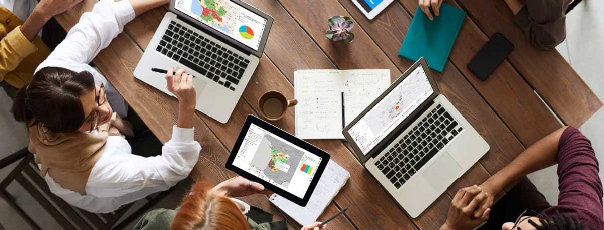 utilisateurs métier avec outils d'aide à la décision géodécisionnel